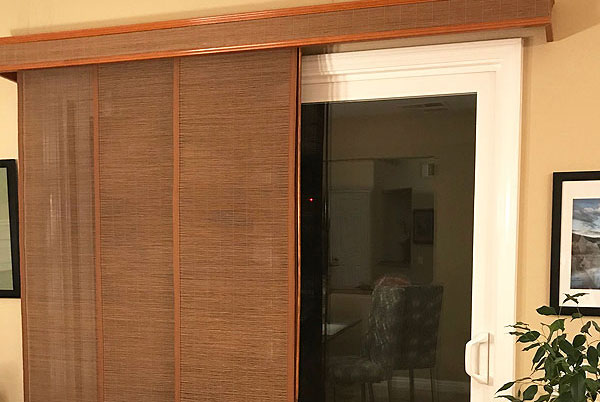 Motorized, Cordless, Faux Wood Blinds